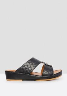ChicShoes Leather Arabic Sadals - Black
