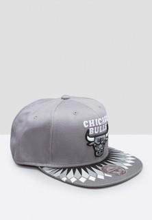 Mitchell and Ness Chicago Bulls Snapback - Grey