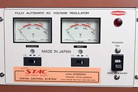 Stac St-5000W مثبت جهد 5000 واط - متعدد الألوان